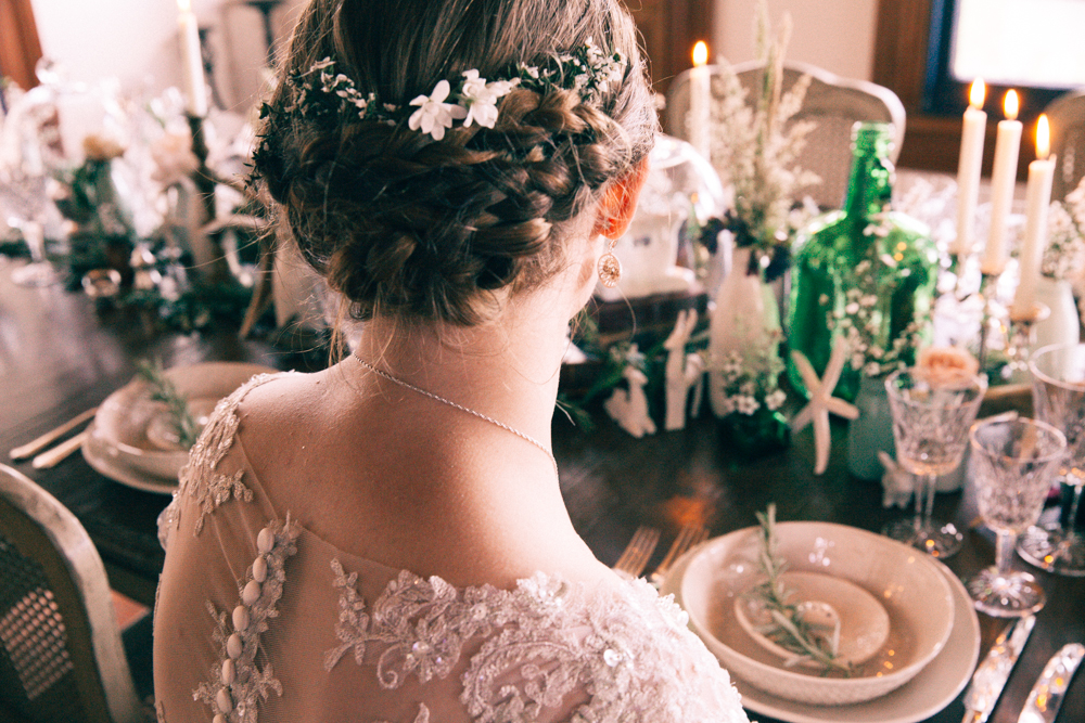 Wedding hair inspiration | Elegant wedding inspiration | Photograhy by Alice Doig | www.borrowedandblue.kiwi