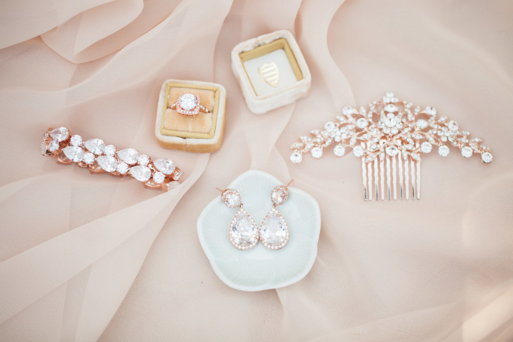 wedding jewellery inspiration | Maggie Sottero styled shoot | Rose gold wedding shoot | brought to you by www.borrowedandblue.kiwi