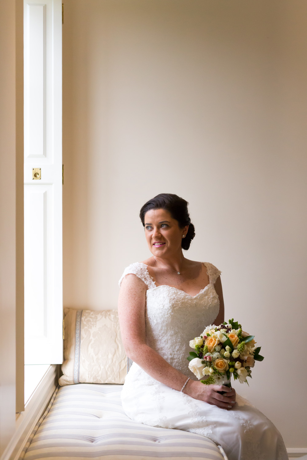 Sarnia Park Wedding | Astra Bride Kirsty | Photography by Clare Gordon |