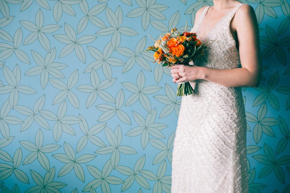 Modern bride shoot