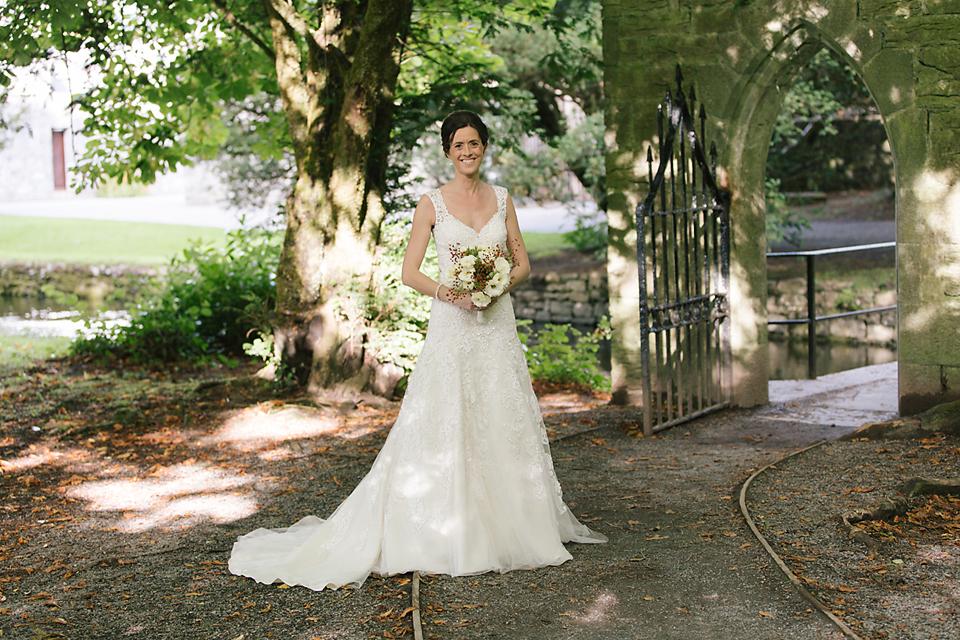 Astra Bride Sam | Ashford Castle Ireland | Elizabeth Toher Photography | Karelina Sposa gown |