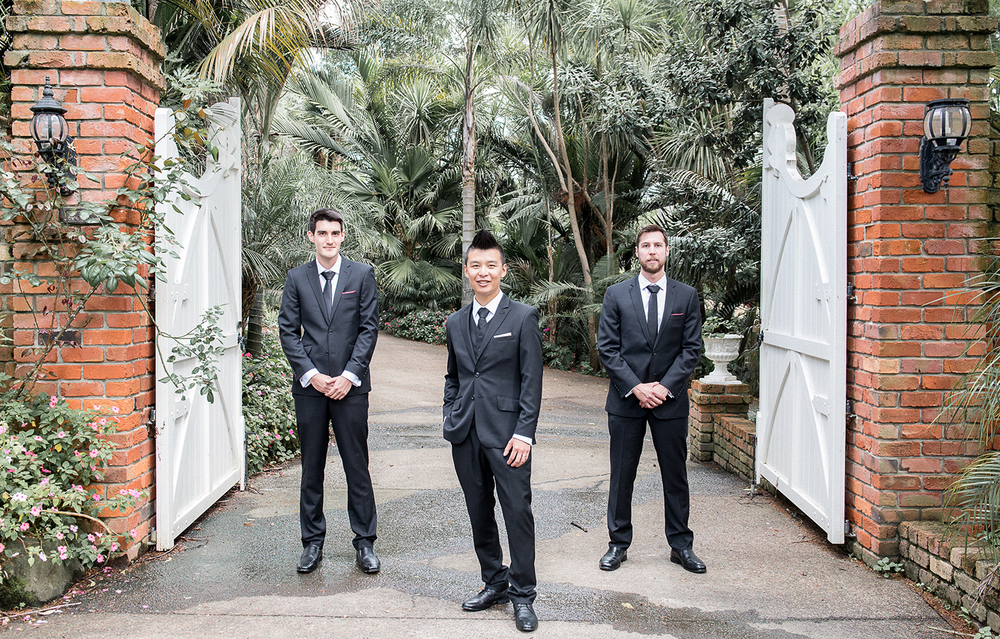Grooms | Astra bride Johanna | Settlers Country Lodge | Photographer Phil Yeo |