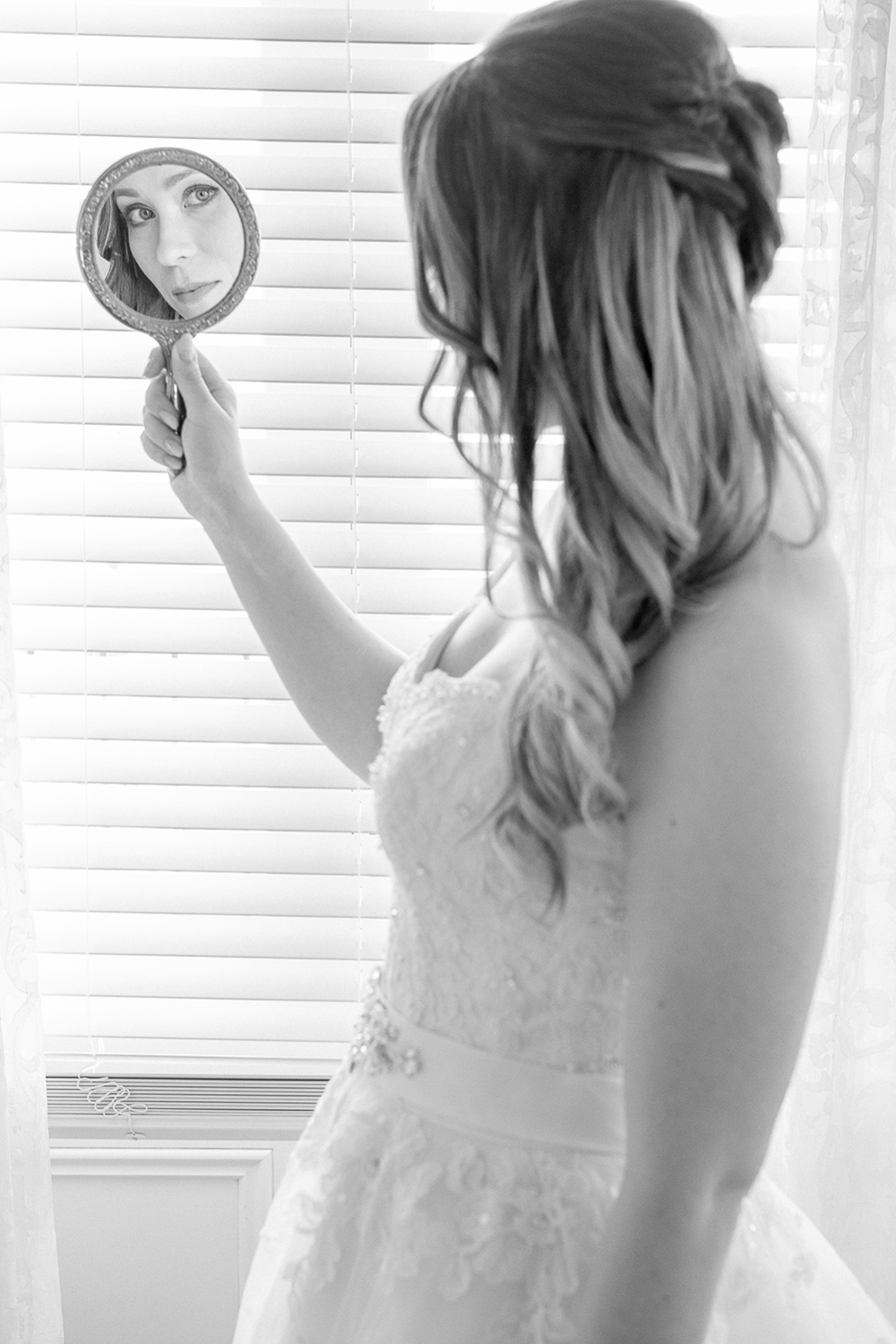 Astra bride Johanna | Settlers Country Lodge | Photographer Phil Yeo |