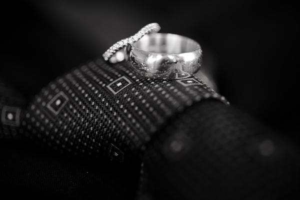 Traditional wedding inspiration | Astra Bridal bride Sarah | www.borrowedandblue.kiwi | Photography by Eva Bradley