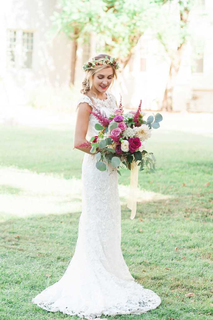 Maggie Sottero Photo shoot | Bohemian inspiration | Flower crown | www.astrabridal.co.nz