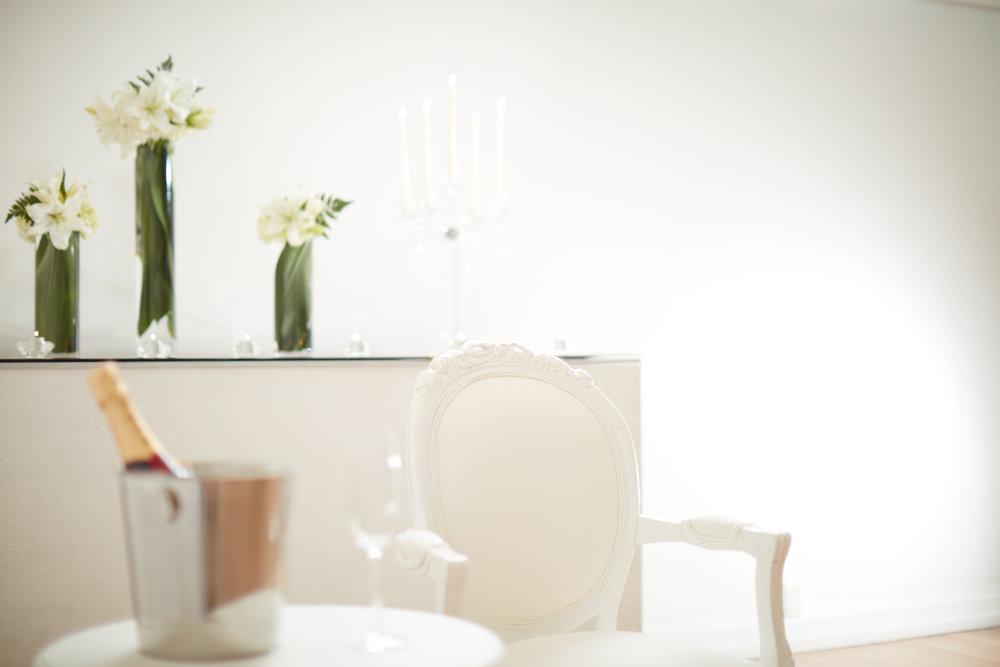 Simple styling looks amazing | Romantic wedding inspiration | photography by Josh Edmonds | Maggie Sottero Wedding dress from Astra Bridal | www.borrowedandblue.kiwi