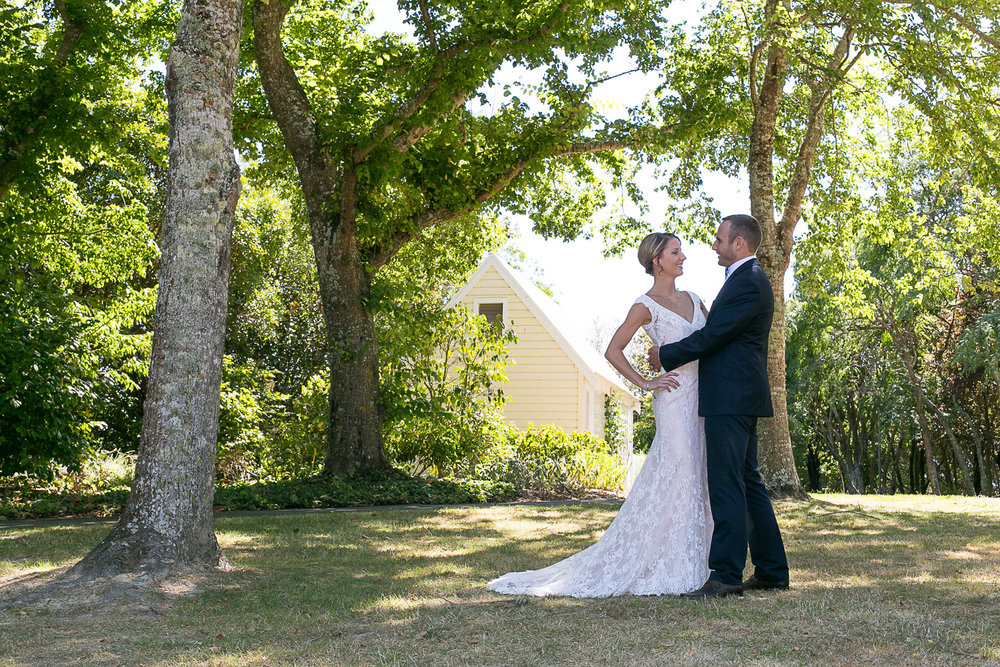 Astra Bride Kimberly | Maggie Sottero Londyn | Gear Homestead | Von Photography |