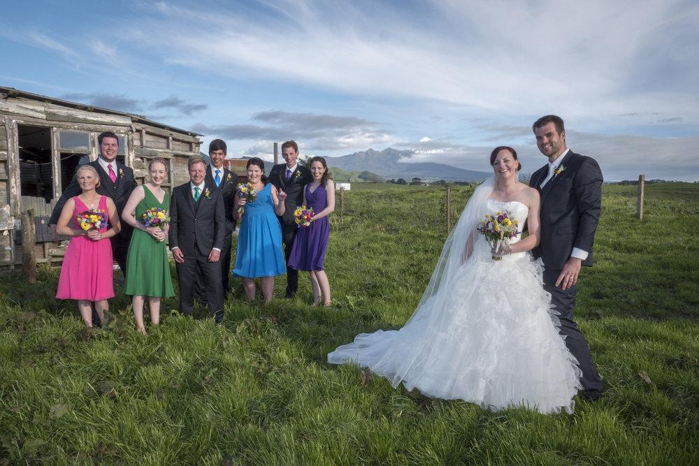 Rural setting | Astra Bride Jo | Bonny 229 | Taranaki wedding | Photography by Mark Bellringer |