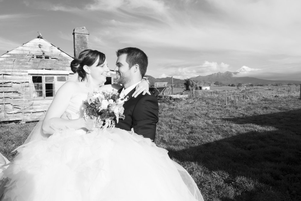 Astra Bride Jo | Bonny 229 | Taranaki wedding | Photography by Mark Bellringer |