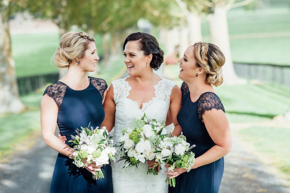 Astra Bride Jessica | Maggie Sottero Londyn | Red Barn Waikato | Photography by Tiffany Curtis | Blue bridesmaids |