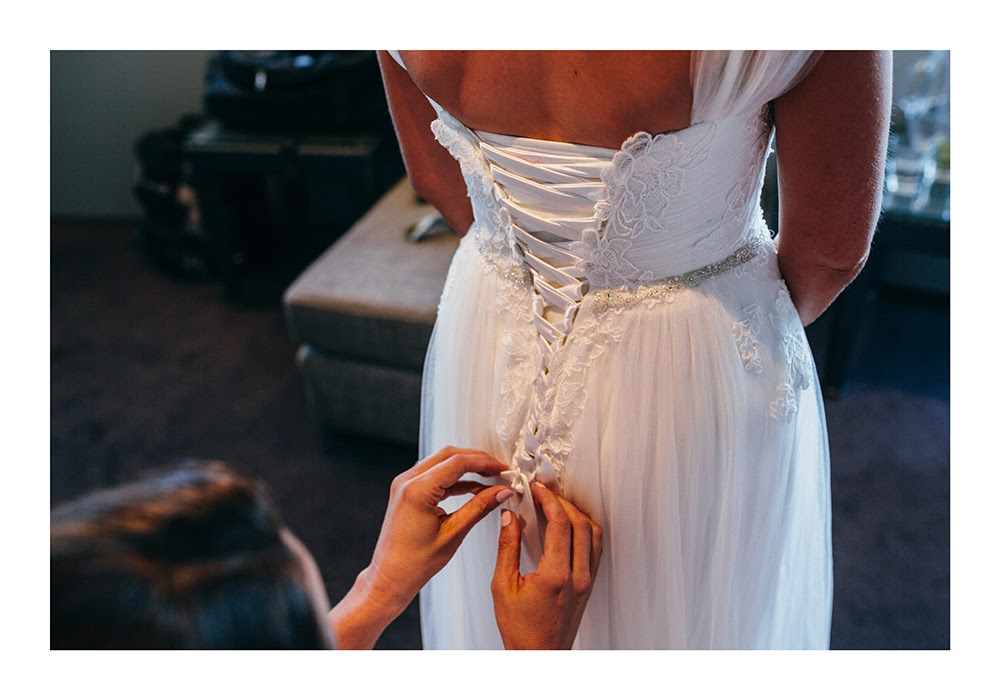 Astra Bride Nadine | Nautical Wedding | Maggie Sottero Patience | Photographer Justin Aitken | Getting ready for the ceremony |