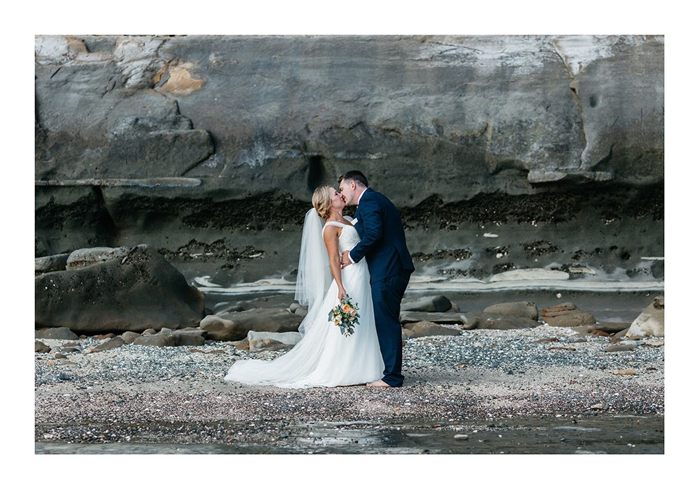 Astra Bride Nadine | Nautical Wedding | Maggie Sottero Patience | Photographer Justin Aitken | Sealed with a kiss |