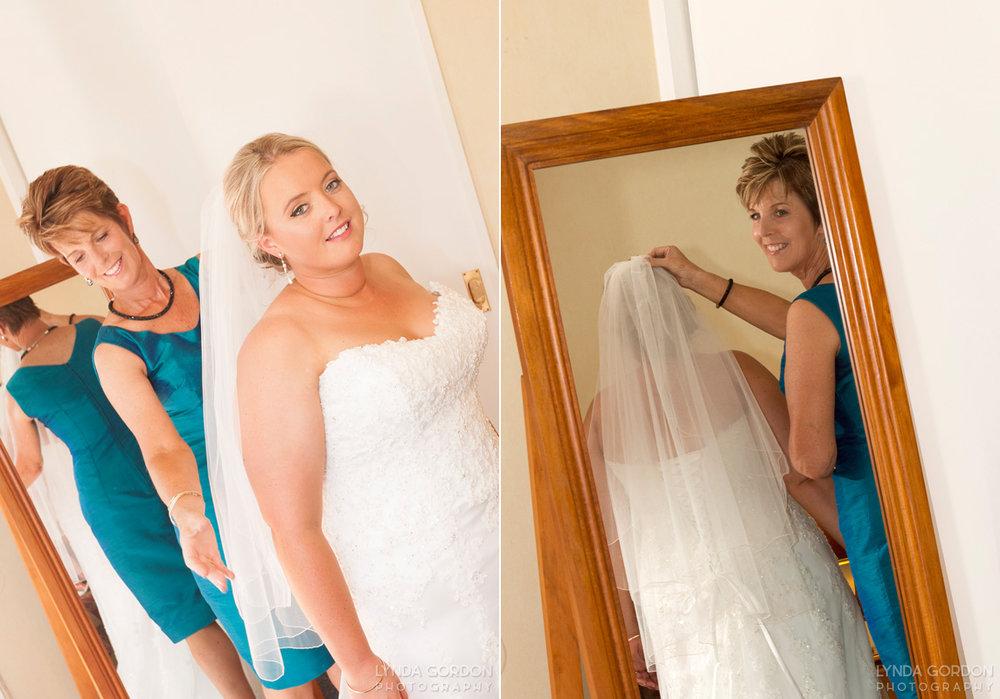 Sophia's mum helping her get ready | Astra Bride Sophia | Sileni Wine Estate | Maggie Sottero Emma | Lynda Gordon Photography