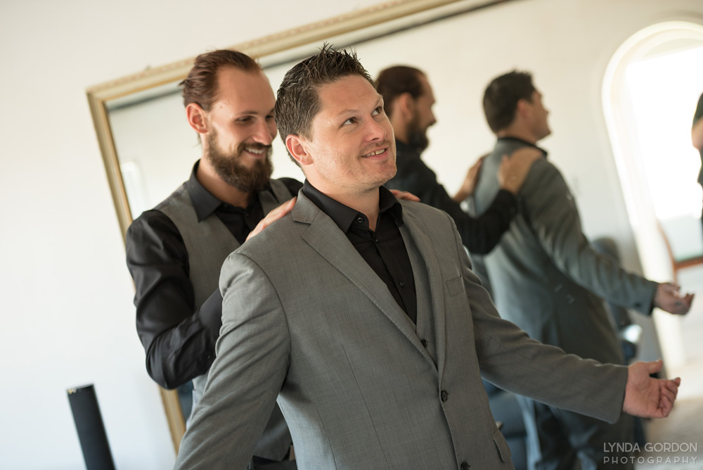 The groom gets ready | Astra Bride Sophia | Sileni Wine Estate | Maggie Sottero Emma | Lynda Gordon Photography