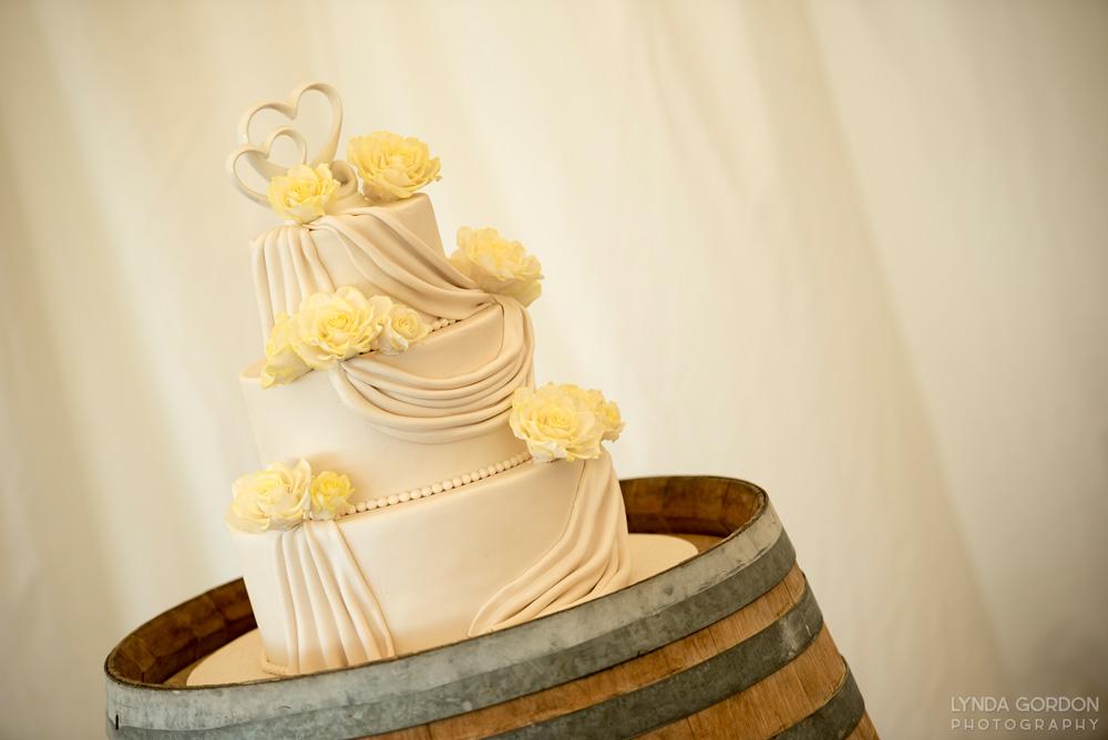 Yellow cake | Astra Bride Sophia | Sileni Wine Estate | Maggie Sottero Emma | Lynda Gordon Photography