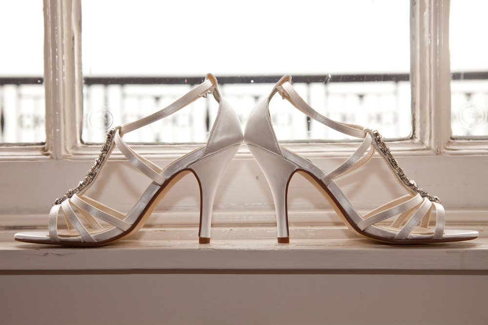 Touch up shoes | Astra Bride Natasha | Maggie Sottero Chesney | UK Manor House |