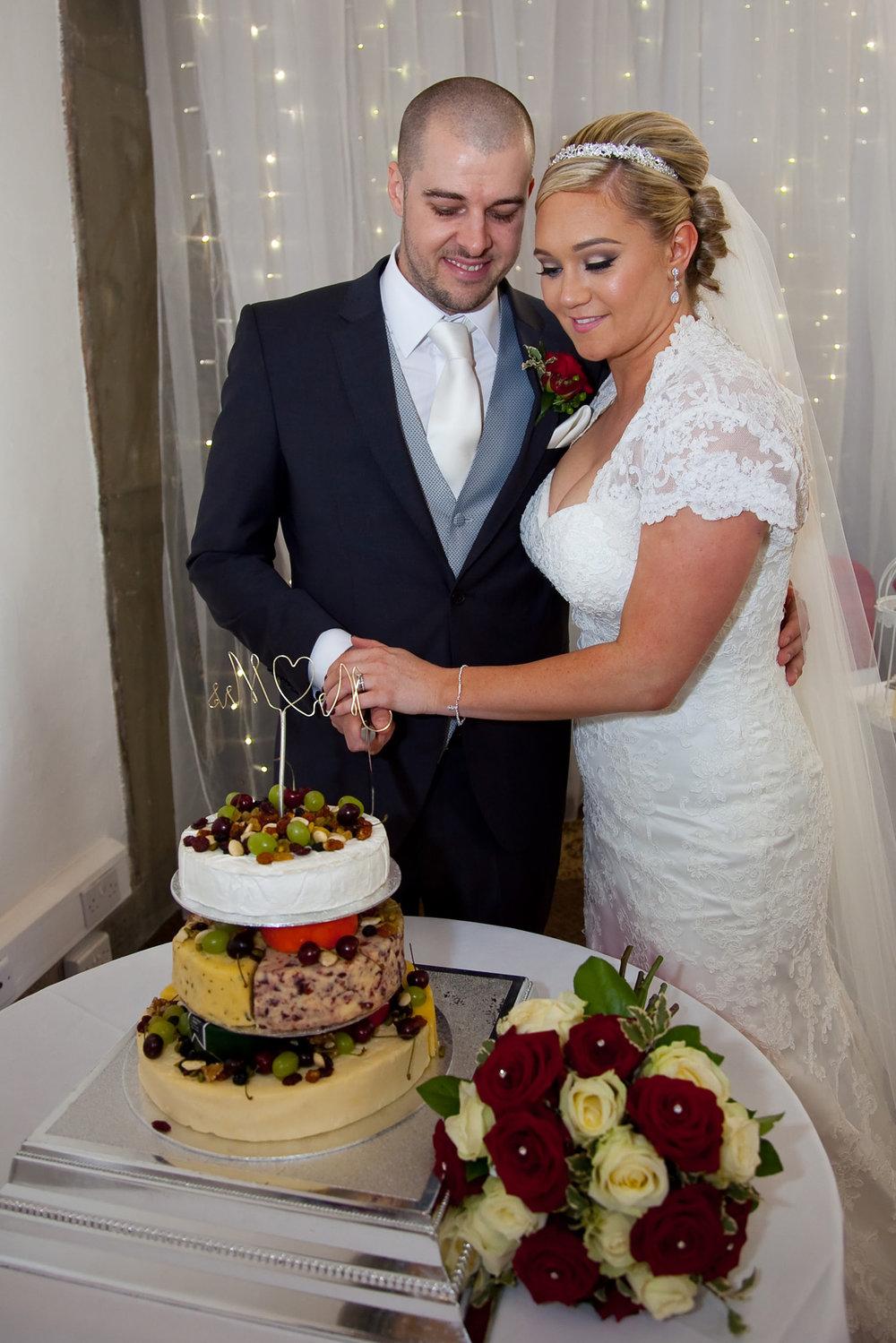 Cake cutting | Astra Bride Natasha | Maggie Sottero Chesney | UK Manor House |