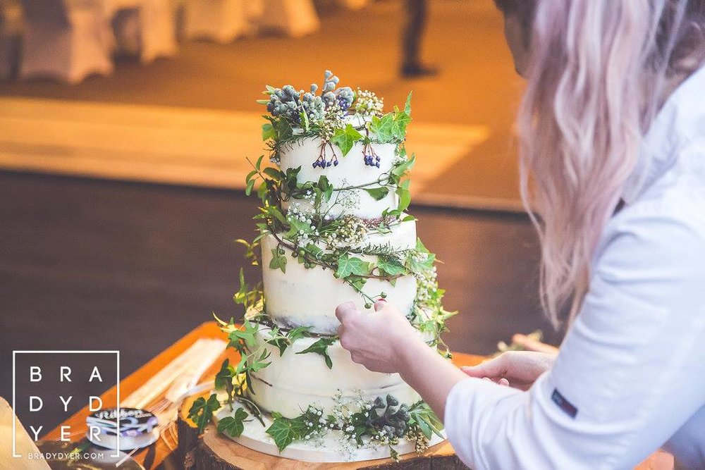 Gorgeous cake with rustic flowers | The Breeze Wedding in a Week | Dress from Astra Bridal | www.borrowedandblue.kiwi