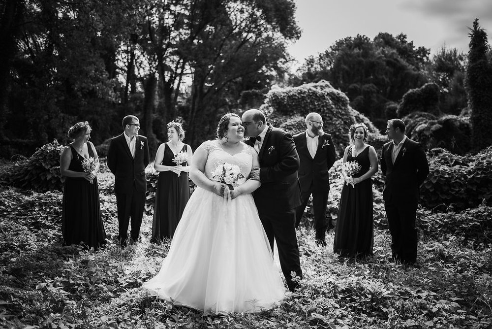 Cute kiss | Astra bride Joanne | Bonny 1500 | Cassels venue | Chris Turner Photography