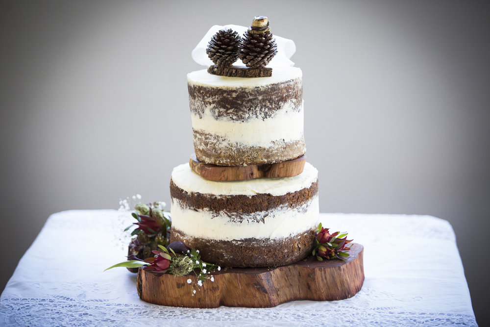 Woodlands cake | Astra Bride Kylie | Christina Rossi 4246 | Kaimai Mamaku Forest | Creative Grain Photography |