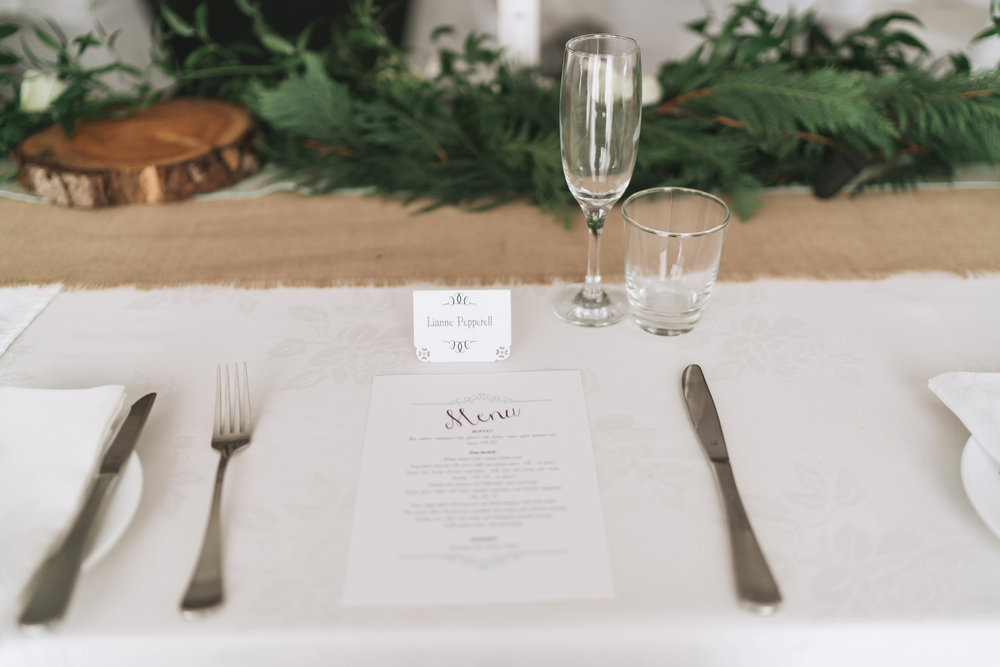Place settings | Astra Bride Lianne | Christina Rossi 4104 | Charlemagne Lodge | Rambo Estrada Photographer |