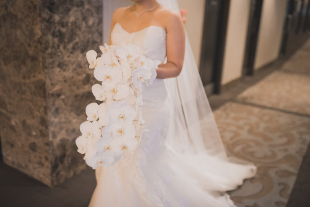 Flowers | Astra bride Basma | Sottero & Midgley Lovai | Langham Hotel | Levien & Lens Photography |