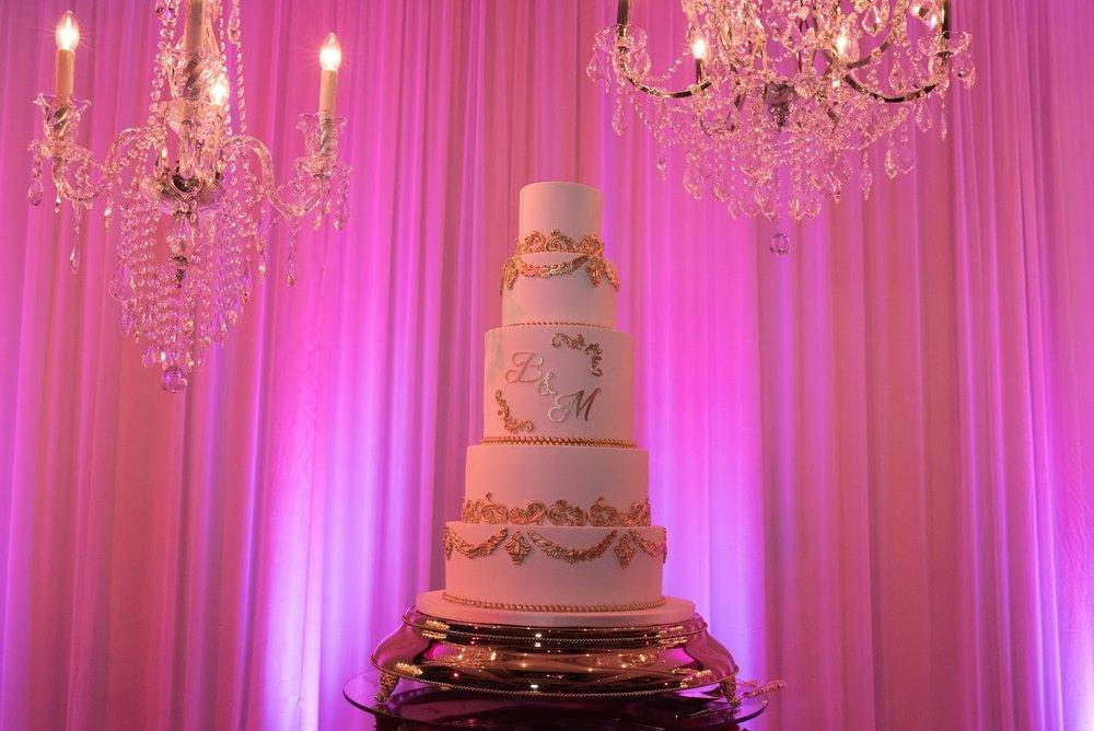 Sweet bites cake | Astra bride Basma | Sottero & Midgley Lovai | Langham Hotel | Levien & Lens Photography |