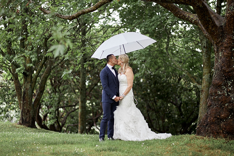 Rainy day wedding | Astra bride Natasha | Maggie Sottero Paulina |Villa Maria | Adam Popovic Photographer