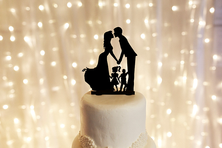 Family cake topper | Astra bride Natasha | Maggie Sottero Paulina |Villa Maria | Adam Popovic Photographer