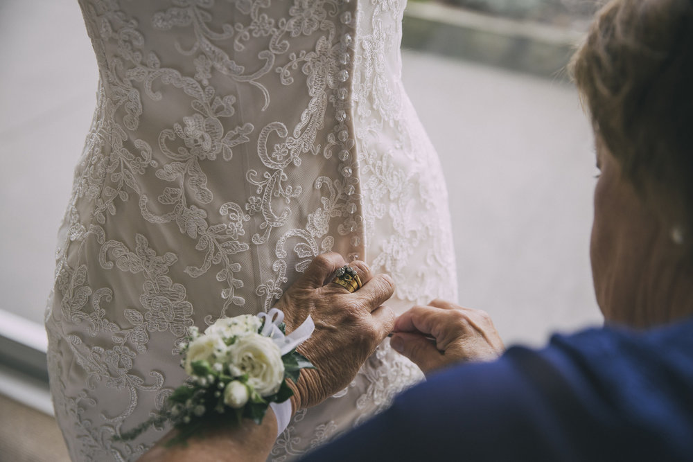 Dressing the bride | Lucy Brophy | Maggie Sottero Chesney | The Bungalow | Aimee Kelly Photography |