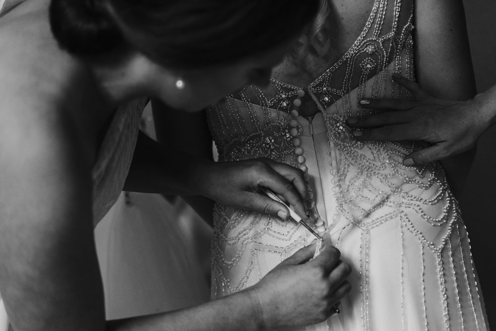 Getting dressed | Astra Bride Talei | Maggie Sottero Ettia | The Bungalow Taranaki | Abi Hackling Photography |