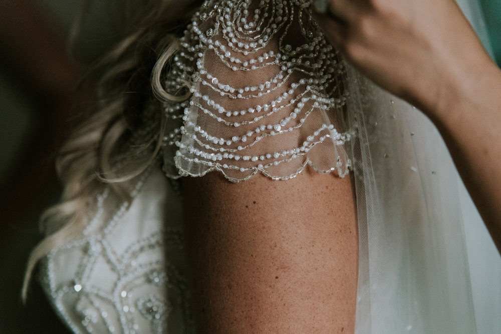 Georgeous scalloped shoulder | Astra Bride Talei | Maggie Sottero Ettia | The Bungalow Taranaki | Abi Hackling Photography |