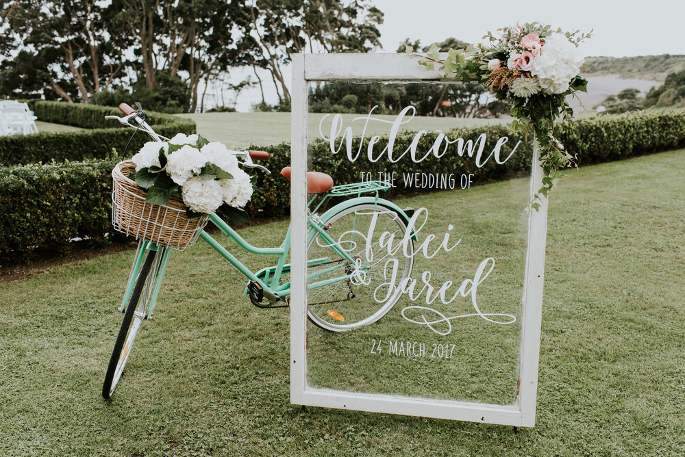 Welcome sign | Astra Bride Talei | Maggie Sottero Ettia | The Bungalow Taranaki | Abi Hackling Photography |