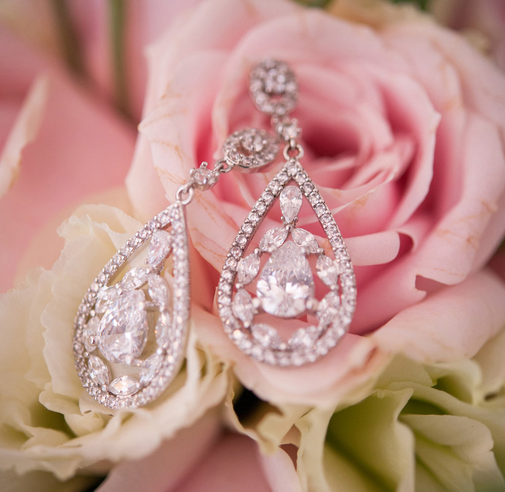 Earrings | Astra Bride Debbie | Cornwall Park | Maggie Sottero Taiya | Wink Photography |