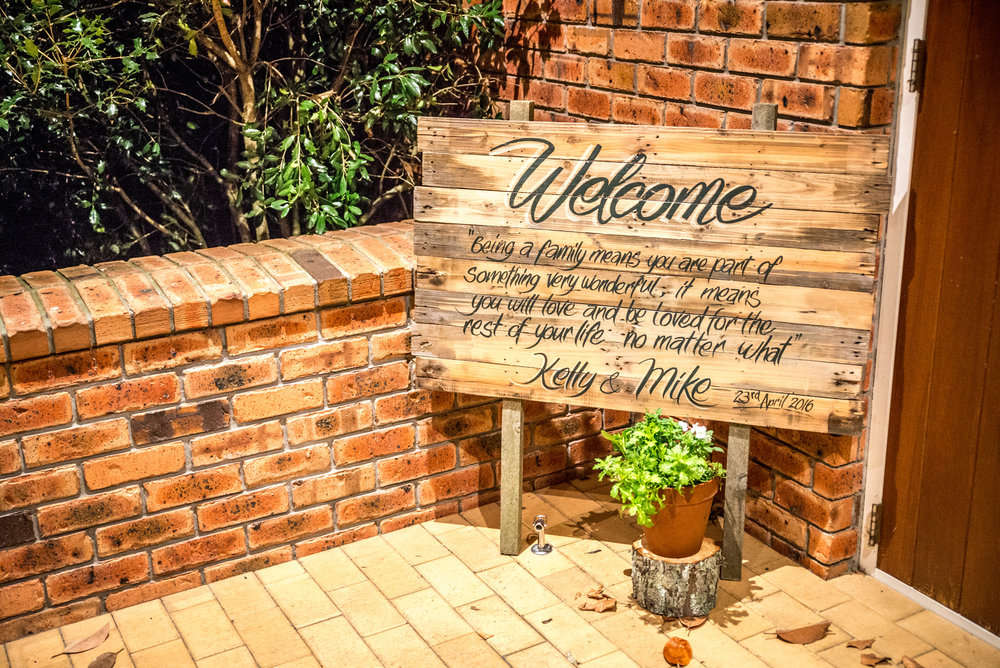 Welcome sign | Astra bride Kelly | Maggie Sottero Karena Royale | Sarnia Park | Steve Brown wedding Photography |