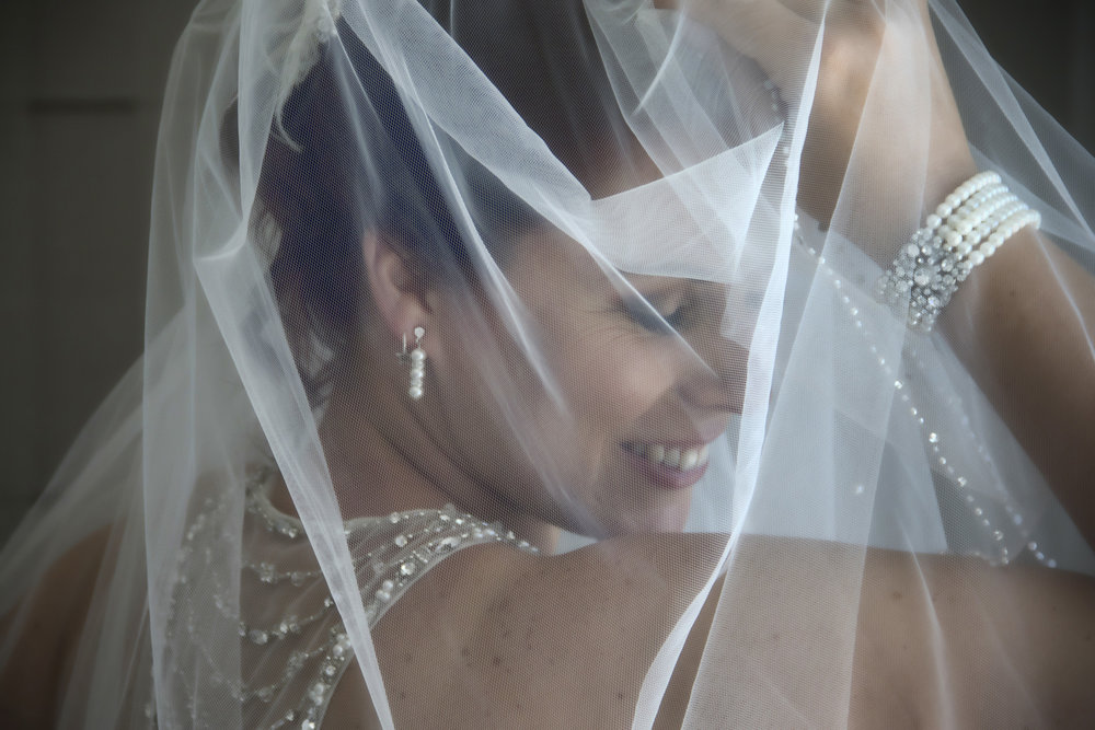 Georgeous veil photo | Astra bride Jenni | Maggie Sottero gown | Wallaceville House | Paul Michaels Photography |