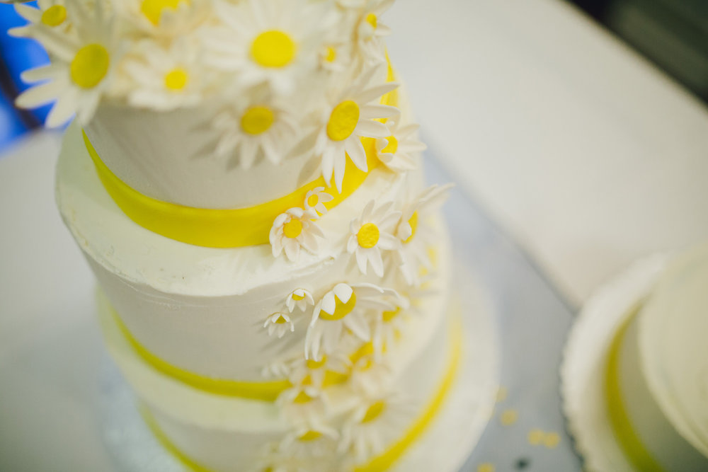Yellow cake | Astra bride Ruth | Maggie Sottero Nadia | Wallaceville House | The Woods Photography |
