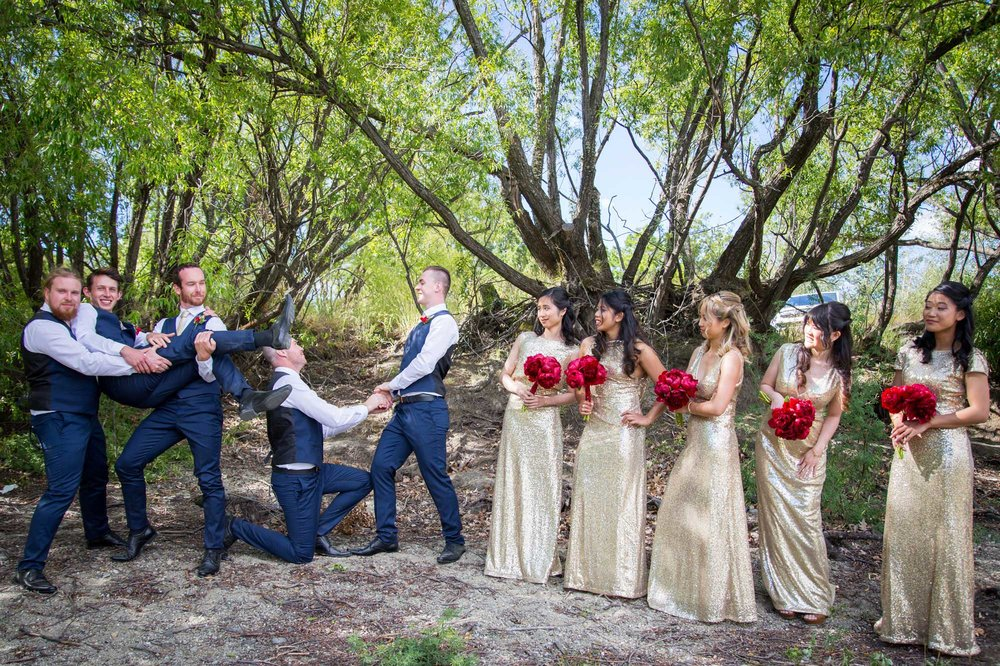 Bridal party having some fun | Astra bride Lu | Maggie Sottero Mindi | Lookout Lodge Wanaka | Peanut Productions Photography