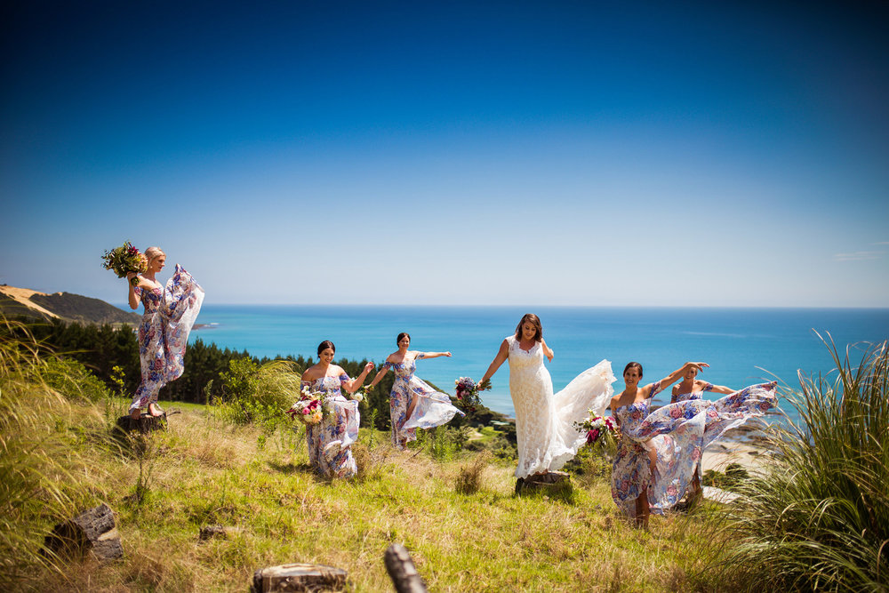 Fun and relaxation | Astra bride Martine | Maggie Sottero Londyn | Sante Fe at Ahipara | Nicole Jecentho Photographer