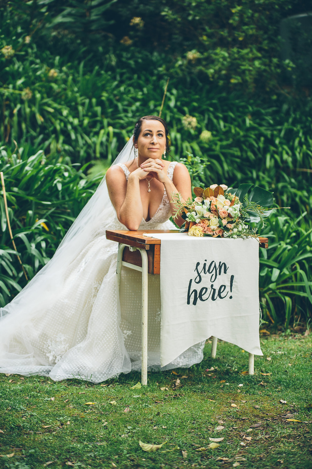 Anglers Lodge | Vintage Woodlands Wedding inspiration | Maggie Sottero Meryl from Astra Bridal | www.borrowedandblue.kiwi