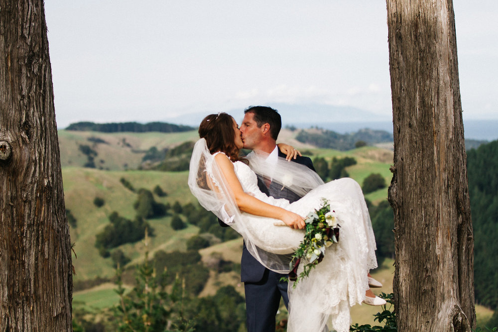 Puhoi wedding | Astra bride Rhiannon | Maggie Sottero Collins | Wedding at home | Mason Bennett Photography |