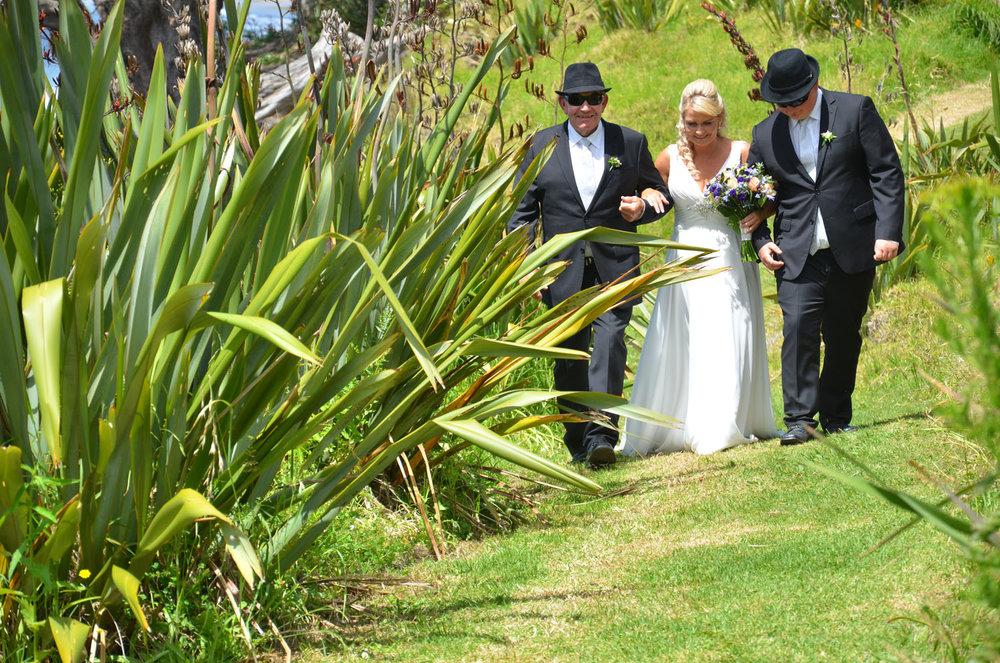 The Ceremony | Astra Bride Sharleen | Bonny 6524 | Kuaotunu, Coromandel Peninsula | Tracey Henry Photography