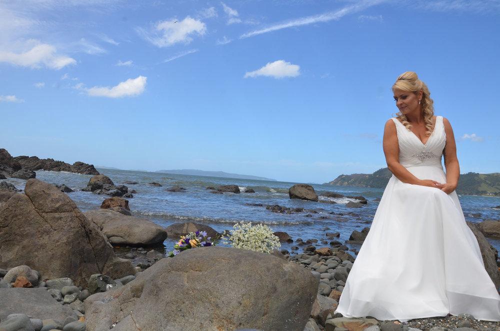 The Bride | Astra Bride Sharleen | Bonny 6524 | Kuaotunu, Coromandel Peninsula | Tracey Henry Photography
