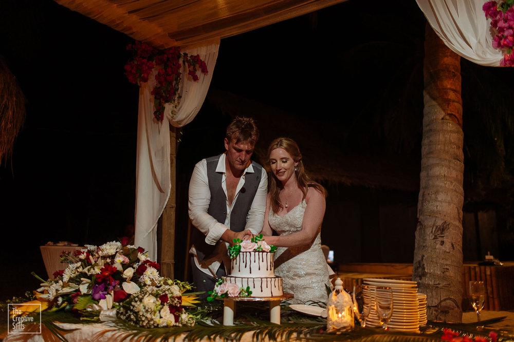 Cutting the cake | Astra Bride Krystal