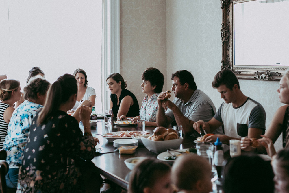 Breakfast at Valmai House | Astra Bride Sonja