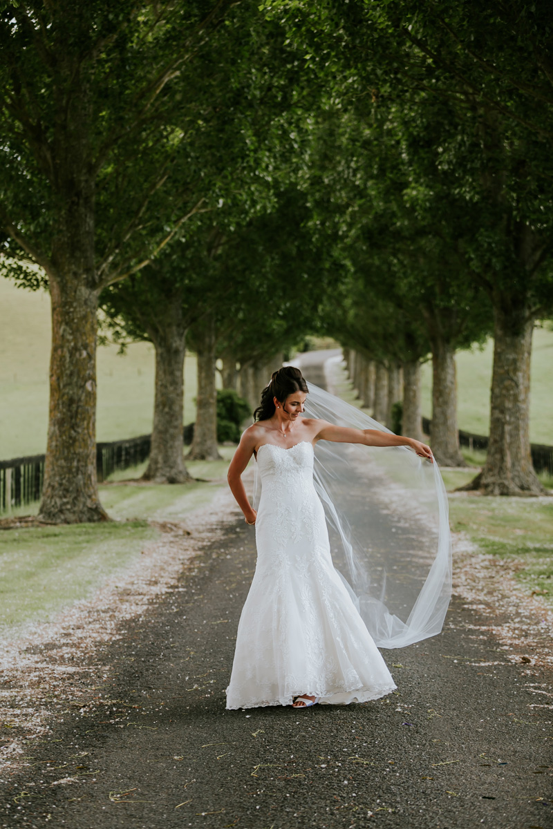 Fun with the veil | Astra Bride Sonja