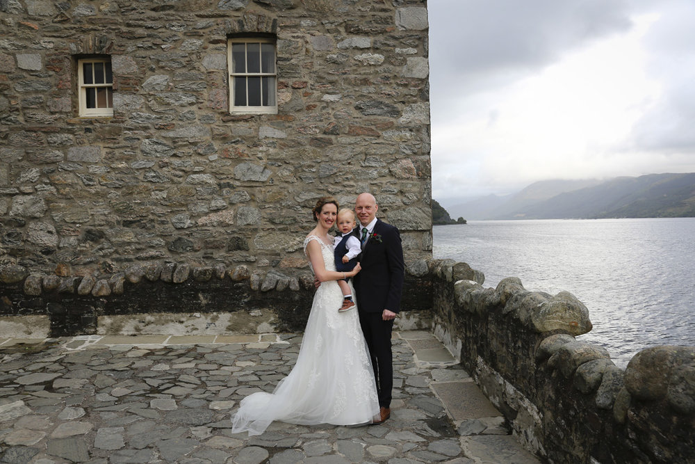 - WOW! This wedding just transports you to something out of a J.K. Rowling novel. But who can resist the beauty and charm of a Scottish castle?! Not to forget the absolutely stunning Anneka, her dashing Greg and the cutest toddler in a tux...Anneka and Greg were married in Eilean Donan Castle in Scotland. They flew back with their son Oscar from Wellington for the wedding, to be surrounded by their closest family and friends.