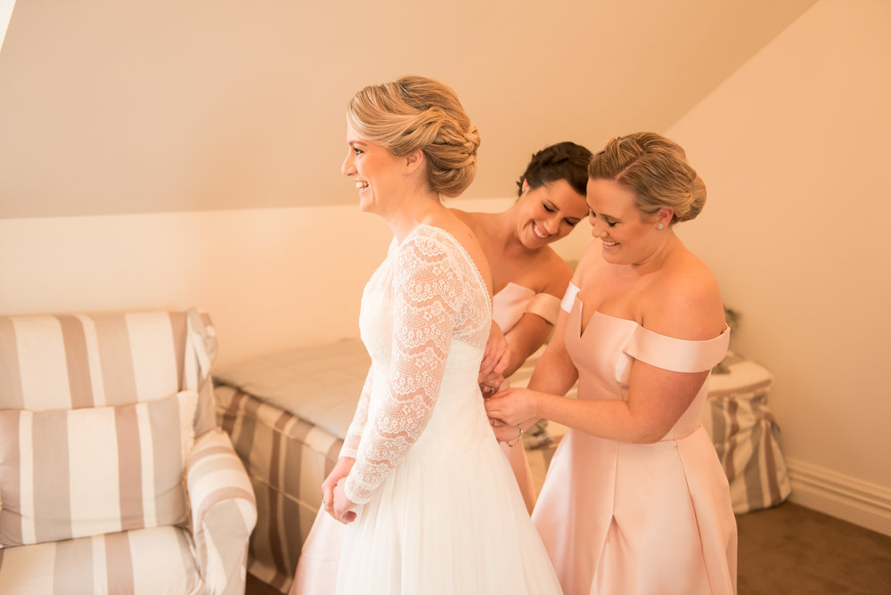Getting Ready | Astra Bride Sarah