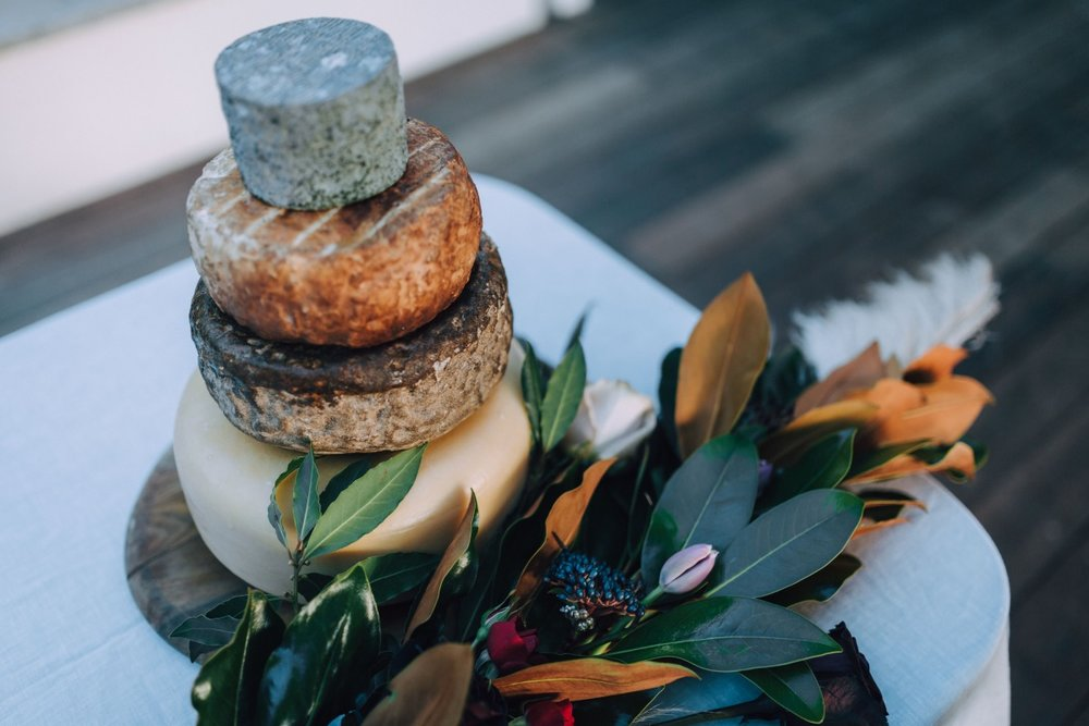 Wedding Cheese Cake | Astra Bridal | Maggie Sottero Taiya | Sculpture Park | Photography Greg Campbell