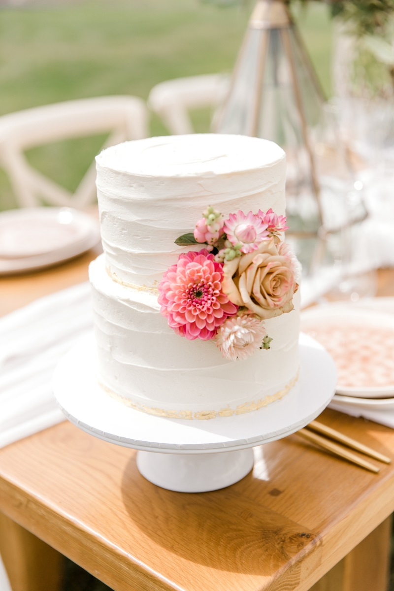 Wedding Cake | Astra Bridal | Sottero & Midgley - Zayn | Sweet Avenue Cakes | Petal Passion | matamata country blush styled shoot (C) Sweet Events Photography 2018-1064.jpg